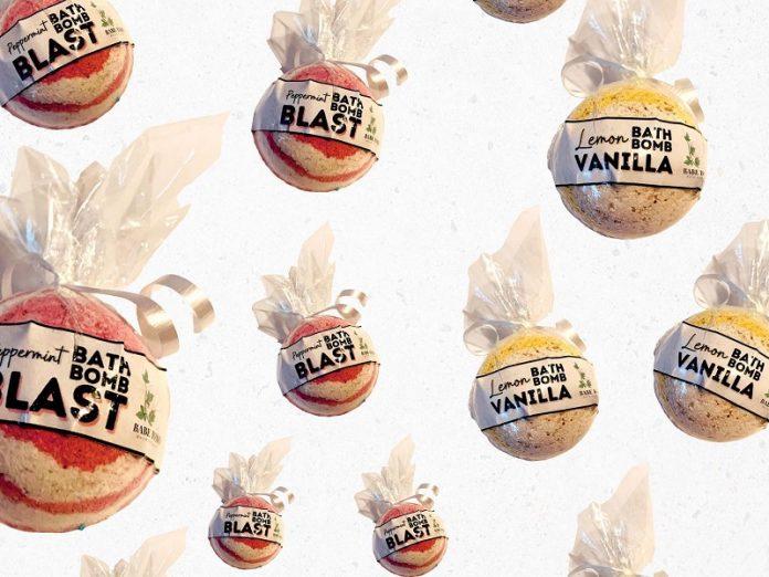 Babe Bombs - bath bombs (peppermint or lemon)