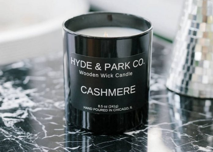 Hyde & Co. Wooden Wick Candle (Cashmere)