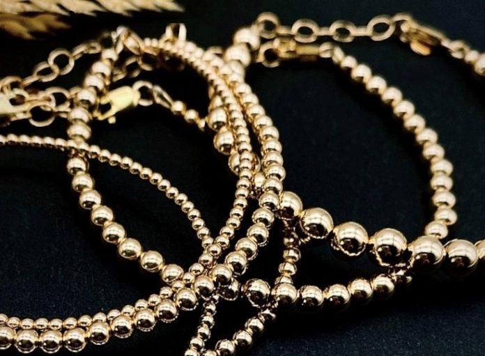Kono & Co. jewelry - gold necklaces