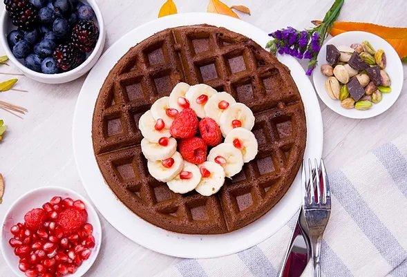 LusOasis @ Oak Brook Artisan Market (plant-based waffle)