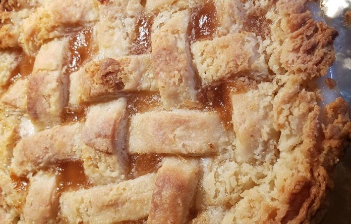Judy's Cakes & Confections at Chicago Artisan Market (apple pie)